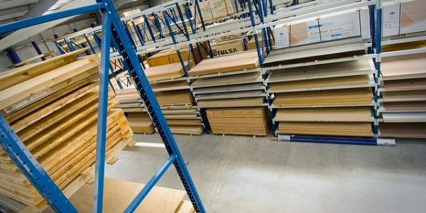 How A Pallet Racking System Can Affect Your Warehouse Operations